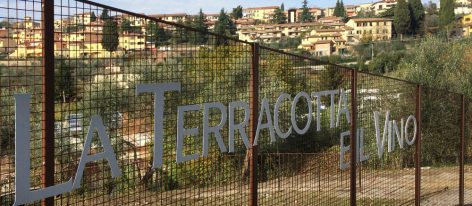 The International Convention Terracotta and Wine 2016 now has a wine shop with  wines by producers in amphora from all over the world