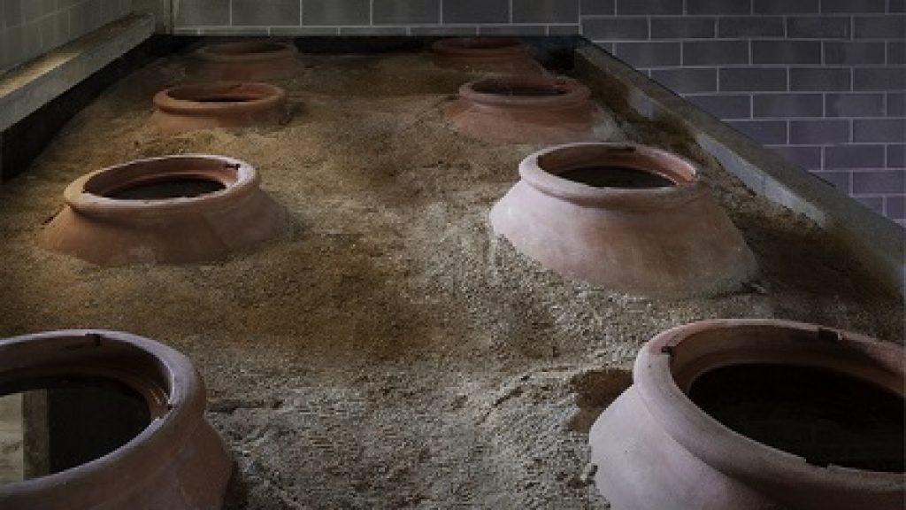 Interramento delle anfore: una due giorni anche per conoscere le tradizioni della Georgia e dell'Armenia. Ma anche dell'Italia