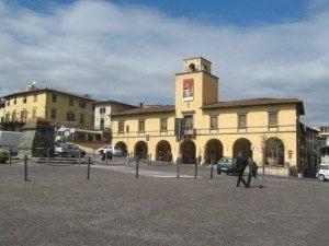 palazzo-comunale-300x225